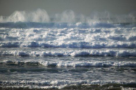 series of ocean-waves.jpg